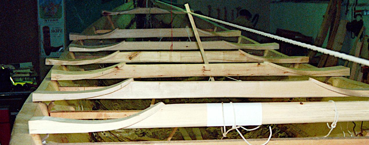 Færdige tofter lagt op på båden.